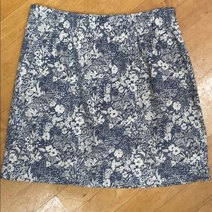 J.Crew size 0 blue and white floral print skirt